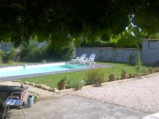 Village house with pool, Boulogne-sur-Gesse
