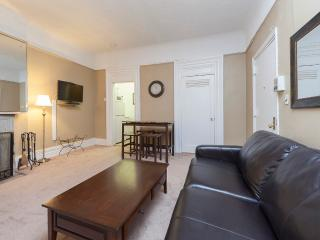 Sleeps 5! 2 Bed/1 Bath Apartment, Times Square, Awesome! (8482)