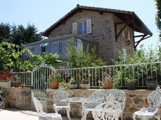 Luxury 18th century cottage in Burgundy - pool/spa, Saint Leger sous la Bussiere
