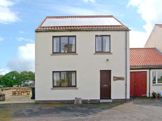 CAUSEWAY HOUSE, sea views, dog-friendly, lawned garden, on Holy Island, Ref