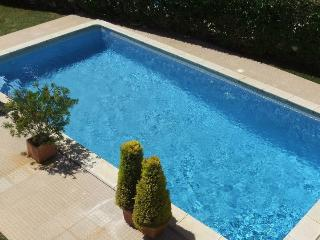 Newly redecorated villa w/ private pool in Algarve