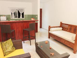 Coco Blanche Self Catering Villas, Anse Royale