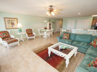 Tropical Breeze will soothe your spirit and make your vacation a tropical paradise!, Virginia Beach