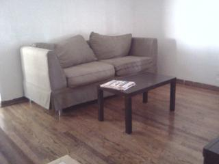 Best Deal! House.Parking.CTA .10 min fr Downtown., Chicago