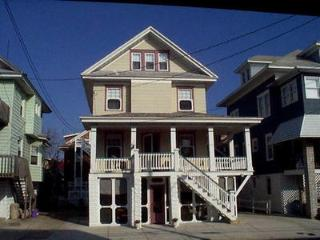 867 Delancey Place 113338