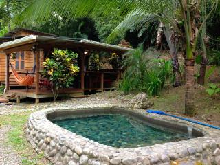 POOL Jungle & Beach Cottage - Casa Madera, Puerto Viejo