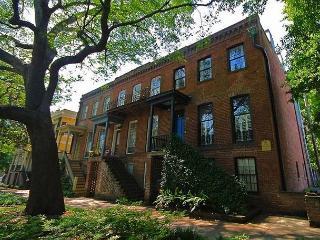 Relive History at the Charming 1BR/1BA Bonard Garden on East Jones, Savannah