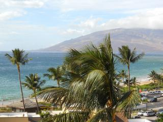 Kamaole Beach Royale 1 Bedroom Seaviews