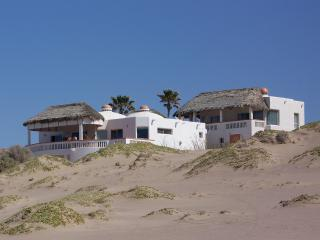 #1 RATED BEACHFRONT HOME 1 HR SOUTH OF PP, Puerto Peñasco