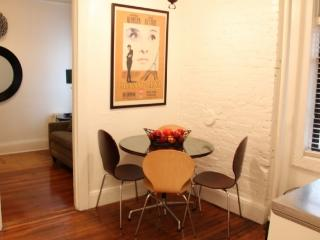 NYC One bedroom in West Village - Key 138, New York City