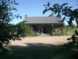 Woodvale at Cooma Farm Stay/Pet Friendly Holiday C