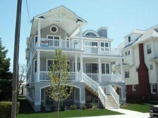 1027 Wesley Avenue 2nd Floor 117121