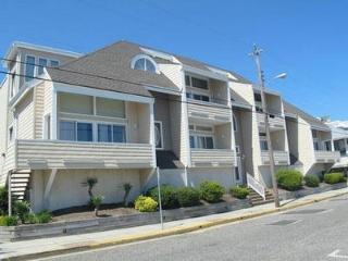 832 Moorlyn Terrace 111870