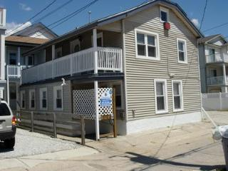 1413 Wesley Avenue, 1st FL Rear 32180, Ocean City