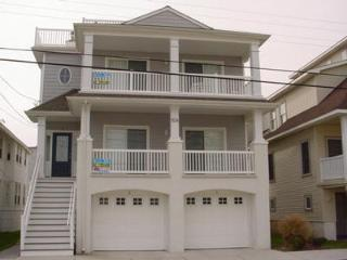 824 Moorlyn Terrace 34507, Ocean City