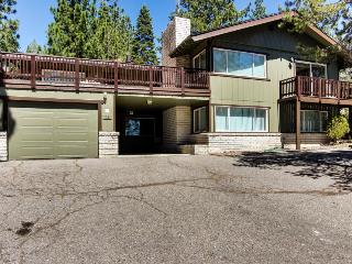 Updated luxury home w/covered hot tub & game room! Bring your dogs too!, South Lake Tahoe