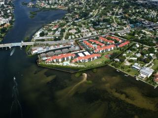 Amazing  Location-Short Walk to Beach!!!, Sarasota
