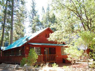 (10N) Black Oak Lodge, Wawona