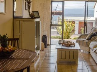 Self catering apartment in Plettenberg Bay, Plettenberg Bay Game Reserve
