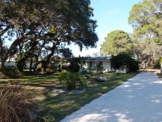 Single Family Home on 1 acre!, Nokomis