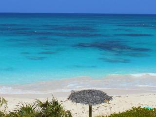 ******** Brand New Cottage on Beachfront********, Governor's Harbour
