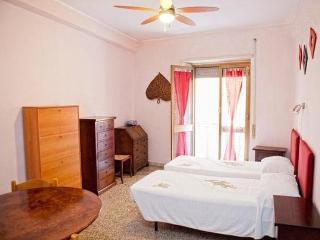 TartaROMA - 2 camere da letto appartamento vicino al centro, Rome