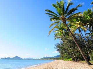 220 Sea Temple - Luxury Studio Room, Palm Cove