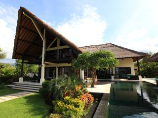 Villa Baruna - Bali Beach Villa an exclusive luxurious holiday villa in Bali