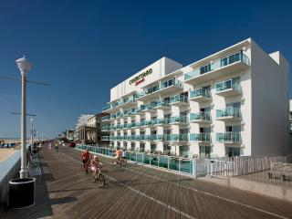 LUXURY CONDO ON BEACH & BOARDWALK, Ocean City