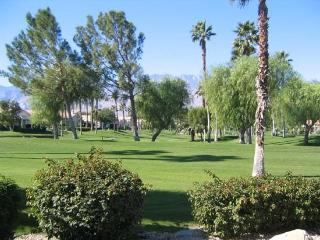 TWO BEDROOM VILLA ON EAST TRANCAS - V2STE, Palm Springs
