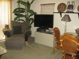 TWO MASTER SUITE CONDO ON WEST NATOMA - 2CSCHR, Palm Springs