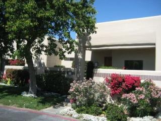 TWO BEDROOM ON TOLTEC COURT - 2CCUT, Palm Springs