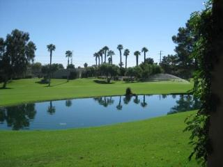 TWO MASTER SUITES ON ISLETA - 2CFER, Palm Springs