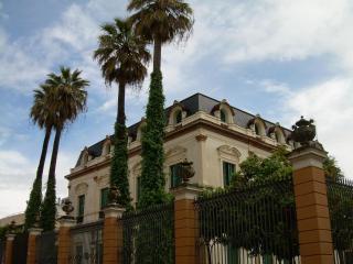 Columns Duplex Terrace and Patio Seville old town VFT/SE/01307