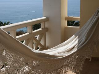 "Ocean view at Ribeira d""Ilhas Beach - Ericeira"