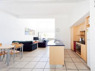 2x2 Apartment Right In Town - Margaret River, Río Margaret