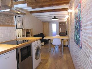 DESIGN BRAND NEW LOFT CLOSE TO PLAZA CATALUNYA