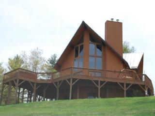Kiss the Sky-Cabin_Mountain Views_Hot Tub_Pool Table_Pet Friendly_Family Friendly_Private_Secluded, Jefferson