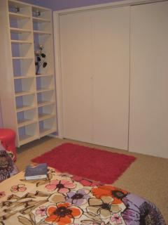 Twin room w/ folding wall to Master (closed)
