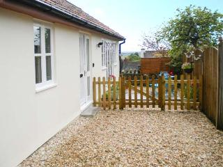 GLEBE LODGE detached, cosy accommodation, pet-friendly in Wells Ref 23806