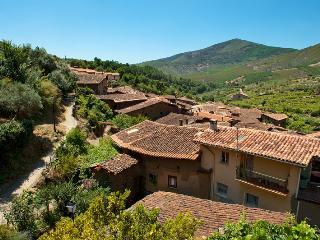 casa rural con zona de barbacoa y chimenea, Robledillo De Gata