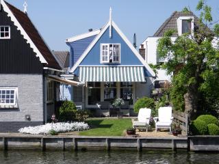 Idyllic house at the waterside of Edam