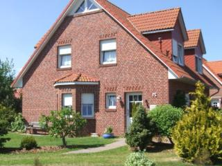 Vacation Home in Hamswehrum - 969 sqft, cozy, quiet, comfortable (# 4043), Hamburgo