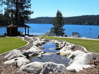 Hayden Lake Lodge A Waterfront Vacation Home