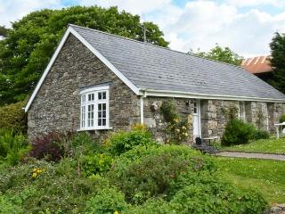 THE OLD STABLE, single-storey cottage on country estate, games room, close to, Camelford