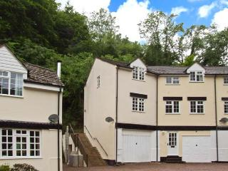 8 WYE RAPIDS COTTAGE, over three floors, woodburner, parking, garden, in Ross-on