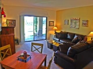 TWO BEDROOM CONDO ON DESERT PRINCESS DRIVE - 2CHAM, Palm Springs
