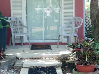 CBS POP INN  (Short term furnished rental)