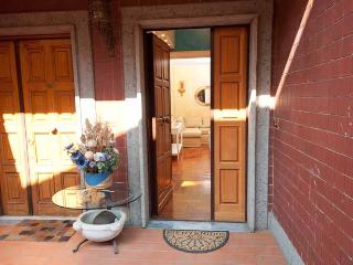 Cozy Apartment free Wi-Fi Near Ancient Appian Way