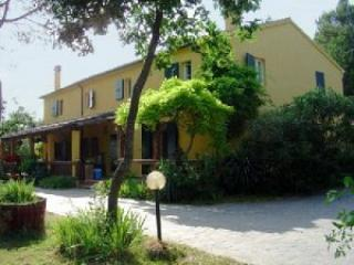 Pescatore - Large house with 12 sleeps, Mombaroccio